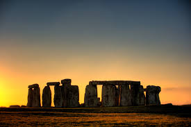 :     Stonehenge at sunrise or sunset